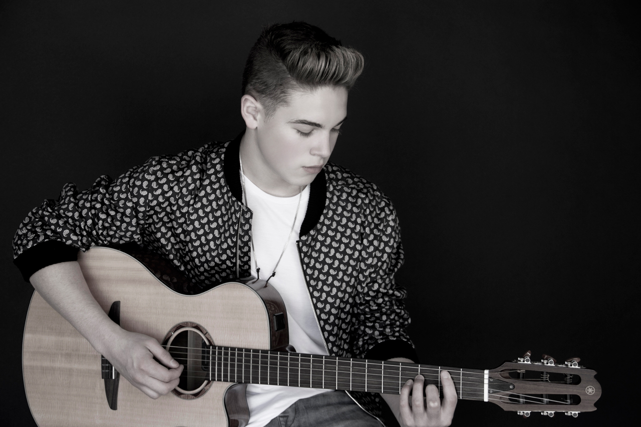 The Official Website Of Ricardo Hurtado